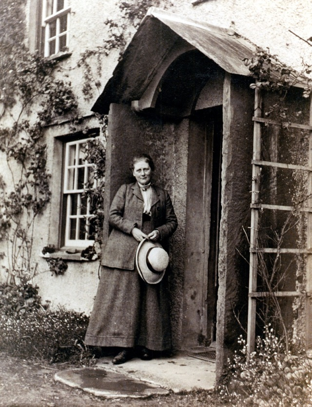 Beatrix-Potter-at-Hill-Top